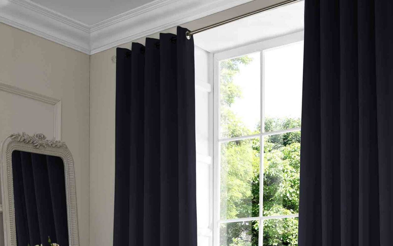 flare-navy-curtain
