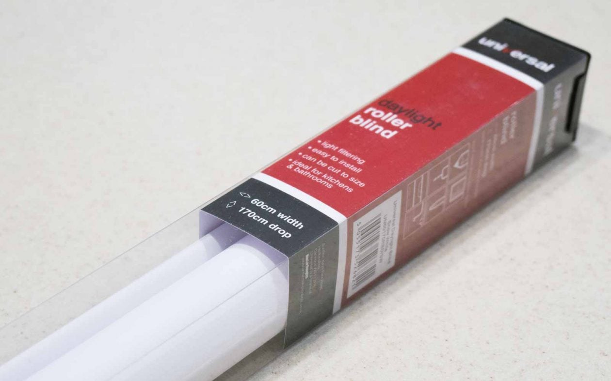 white-daylight-ready-made-roller-blind